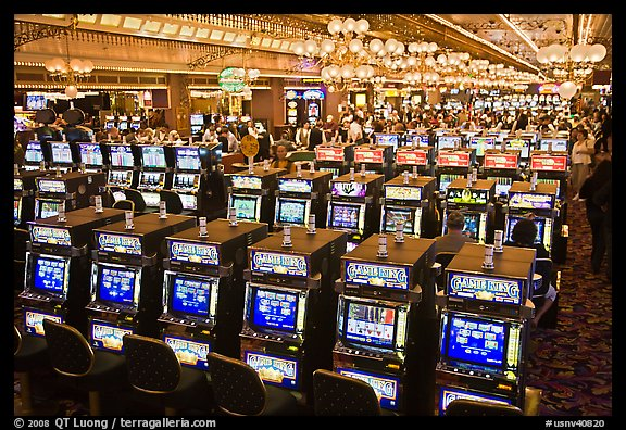 How many slot machines are in las vegas nevada brokes casino